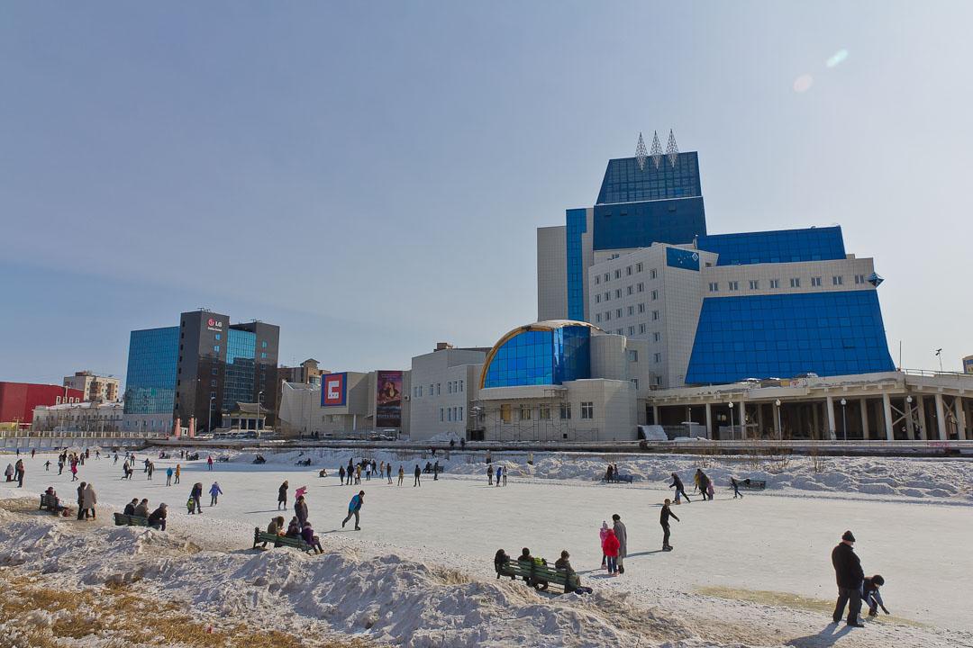 В Якутске открываются катки!