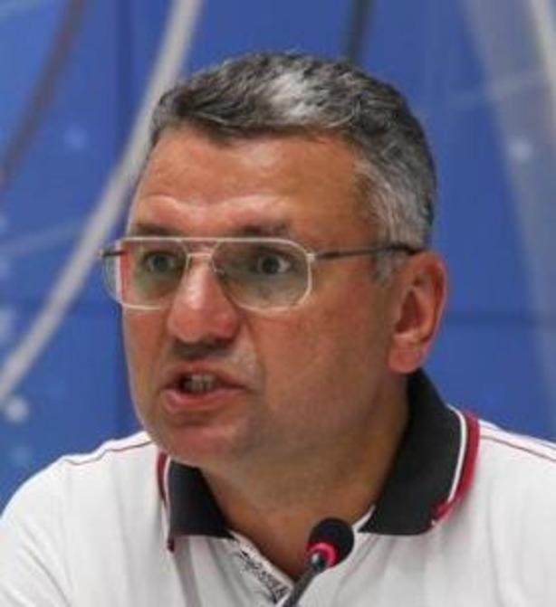 Депутат подал признаки бурной деятельности