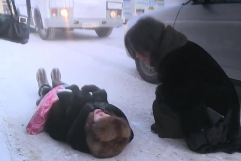 Женщину выгнали из автобуса за то, что она ударила ребенка: директор маршрута №4 в Якутске