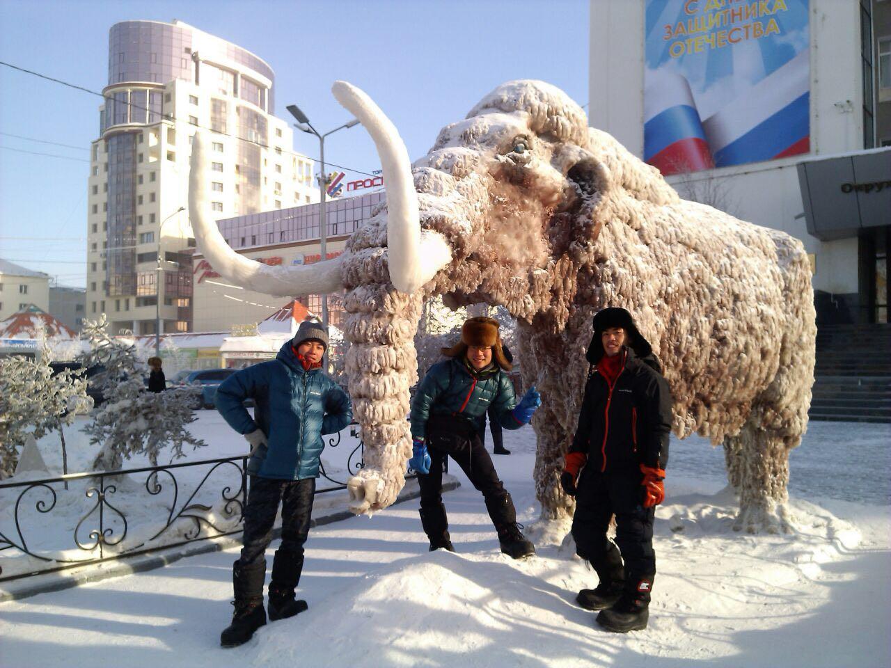 Замерзшие в Тюнгюлю: Путешествие японских велосипедистов в Верхоянск завершилось в начале пути