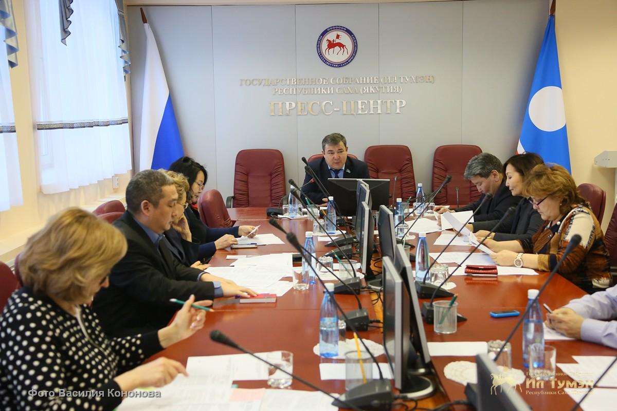 27 апреля и 21 июня предложено сделать нерабочими праздничными днями в Якутии