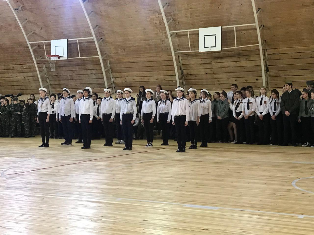 В Табагинской школе прошел конкурс песни и строя