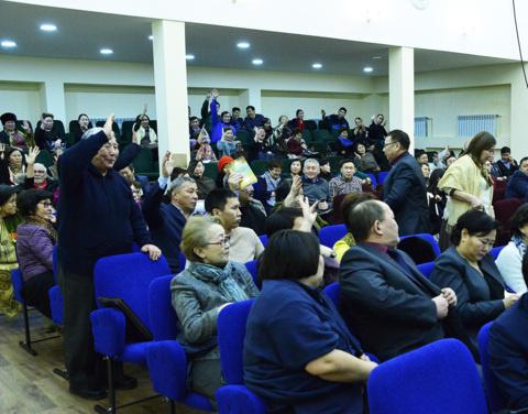 Правительство Якутии ответило на острые вопросы верхневилюйцев