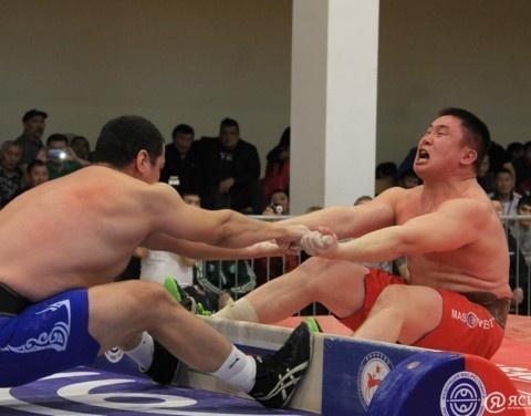 За путёвками на чемпионат России: Десять якутян сразятся на «Кубке Кавказа» по мас-рестлингу