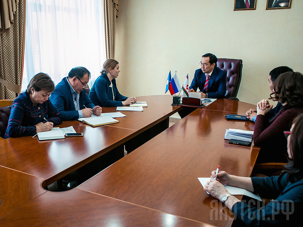 Айсен Николаев обсудил c «ОПОРОЙ РОССИИ» проблемы предпринимателей Якутска