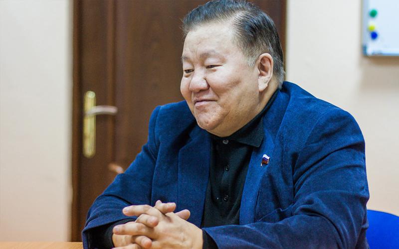 Политический «бисексуализм», или Почему ТУМУСОВ не поддержал ПУТИНА на выборах