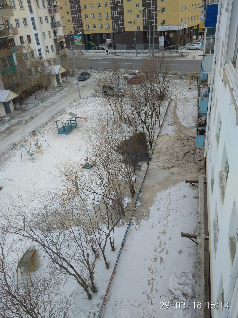 Центр Якутска утопает в фекалиях