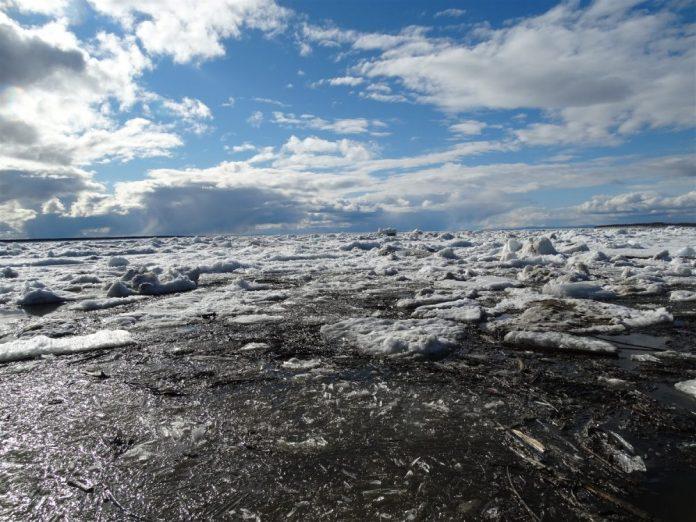 В Якутии направят около 40 млн рублей на борьбу с паводком