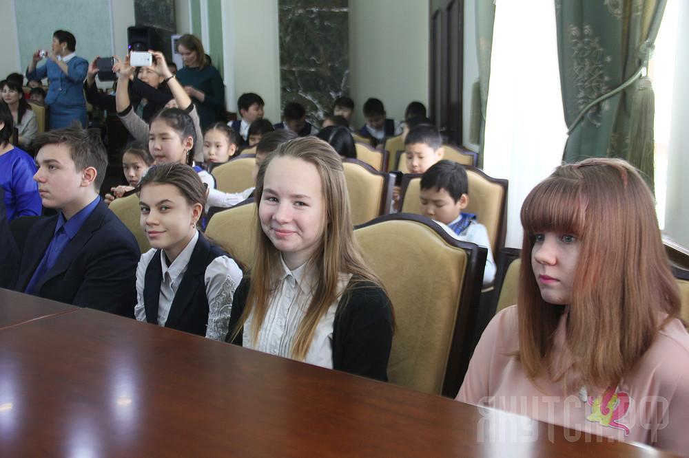 Город будущего: в Якутске наградили школьников- победителей конкурса «Якутск-2050»
