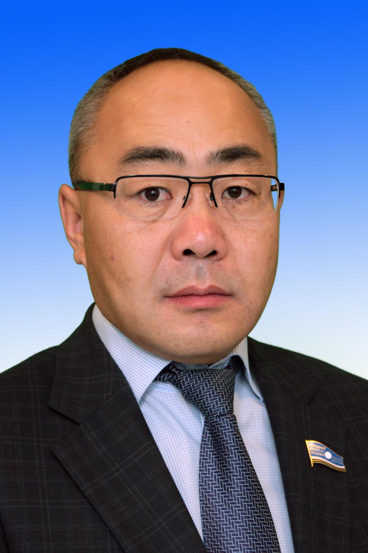 Подпольный миллионер Корейко из Ил Тумэна