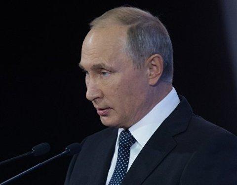Путин поручил усилить ответственность за нападения на медиков