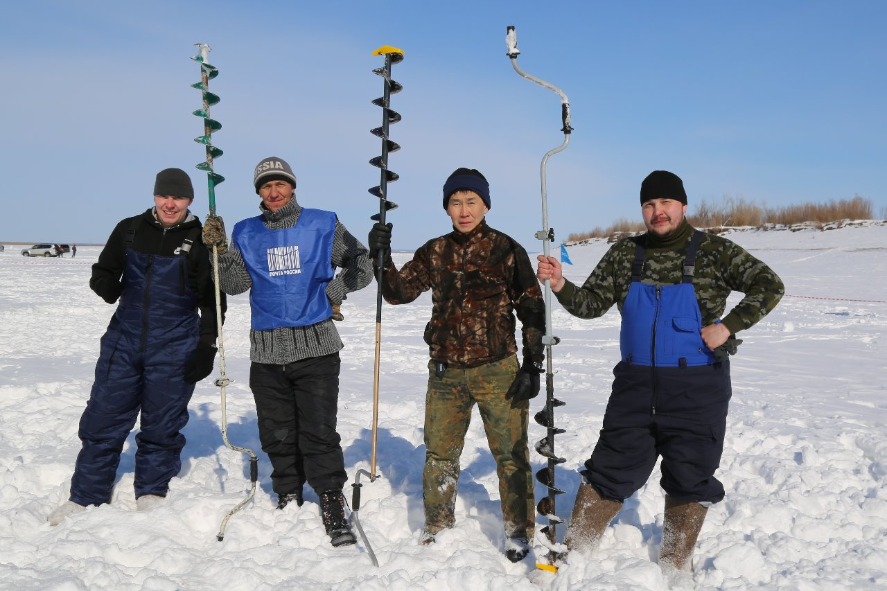 «Апрельский клев-2018»: аэропорт «Якутск» провел соревнования по подледной рыбалке