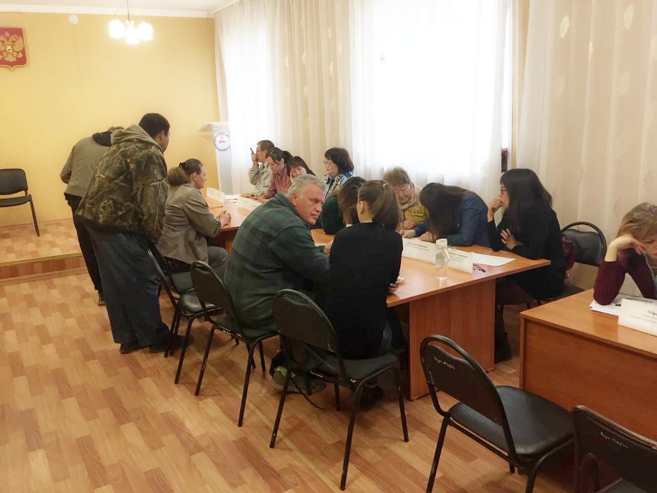 Жители Мархи получили бесплатную юридическую помощь