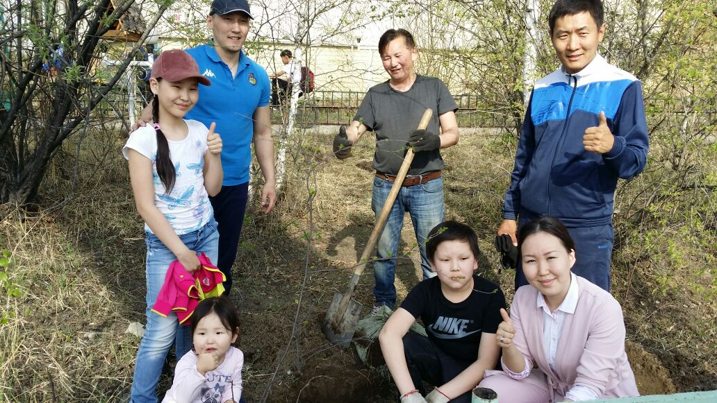 В Центральном округе проведена городская экологическая акция«Фамильное дерево»