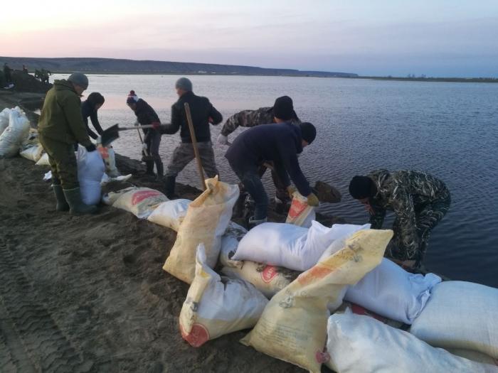 Фотофакт: Волонтеры выехали в Октемцы на помощь