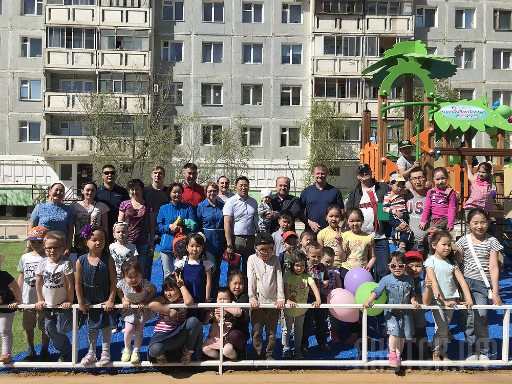В Губинском округе открыли новую детскую площадку
