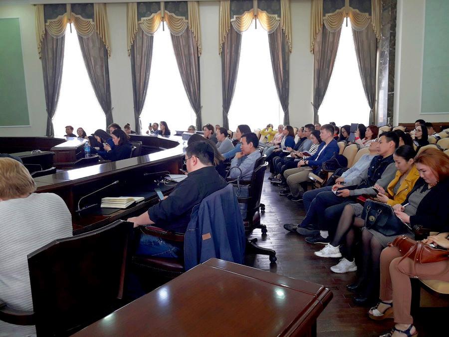 Год новаторства: в Якутске прошел бизнес-семинар «Sliv'ы рабочих инструментов»