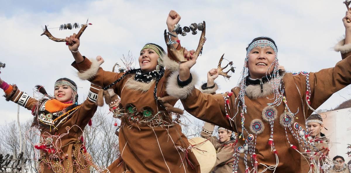 На «Ысыахе Туймаады – 2018» пройдет конкурс запевал круговых танцев