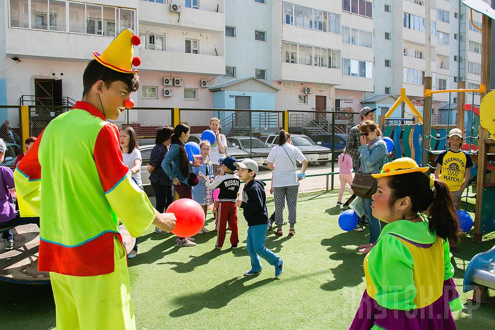 Народный бюджет: студия «Вырастайка» организовала праздник для своих воспитанников
