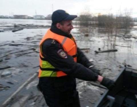 На реке Колыма остаются подтопленными три населенных пункта