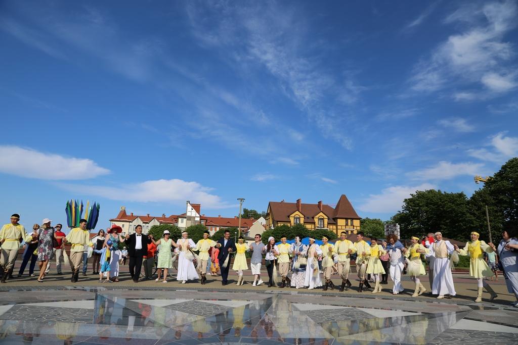 Ысыах в Европе завершился большим осуохаем на балтийском берегу