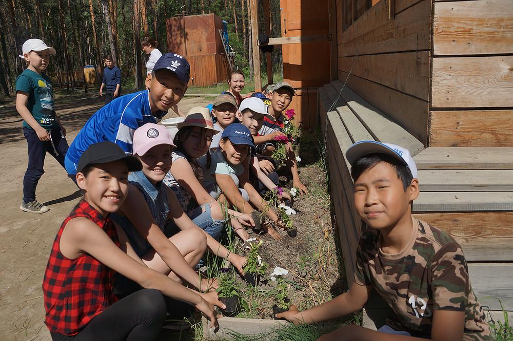 Более 8 тысяч школьников смогут отдохнуть в детских оздоровительных лагерях Якутска