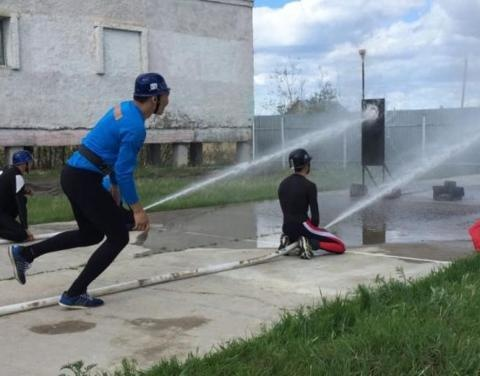 В Якутске прошли соревнования по пожарно-прикладному спорту