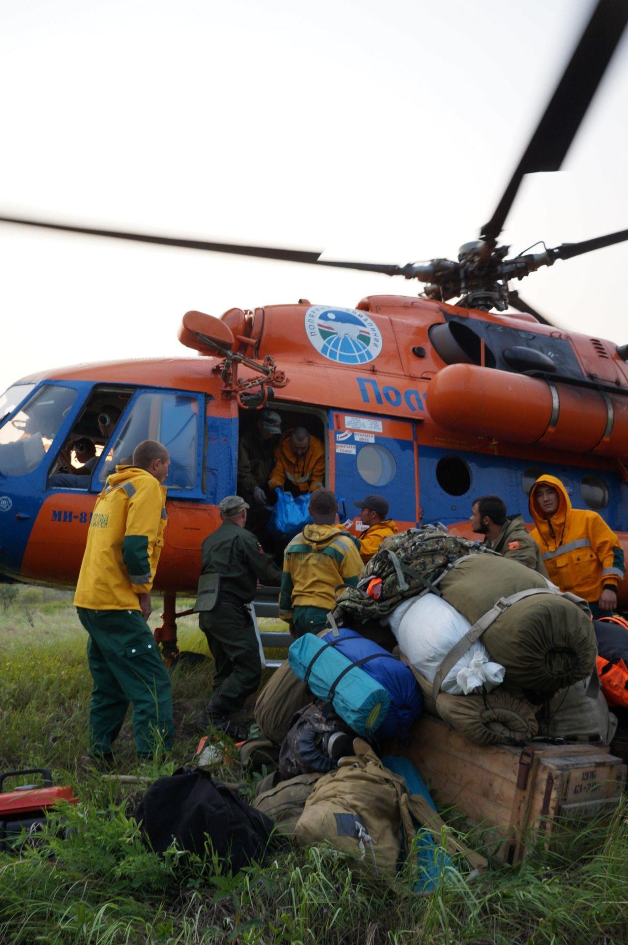 Кто борется с лесными пожарами, или Один день из жизни Авиалесоохраны