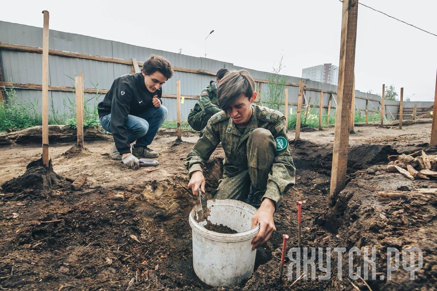 Свыше тысячи уникальных артефактов 17-18 веков найдено в центре Якутска