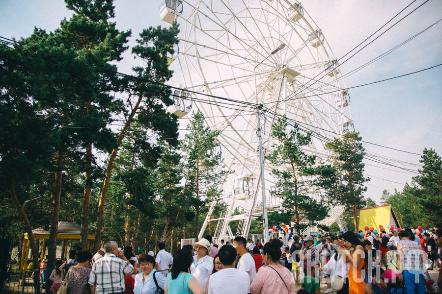 Год новаторства: В Якутске заработало новое колесо обозрения!