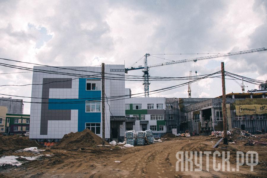 Процветающий Якутск: строятся три школы по программе ГЧП