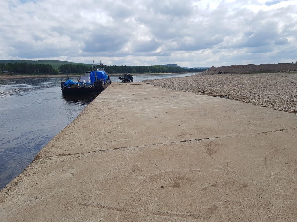 Ассоциация строителей АЯМ выступает за чистоту акватории причала на реке Алдан