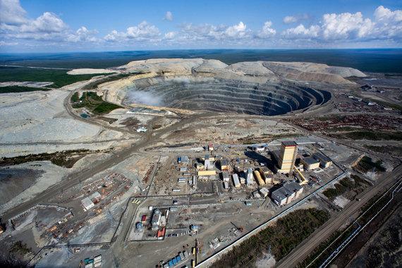 Семья погибшего на руднике «Алросы» шахтера получит компенсацию в 2 млн рублей