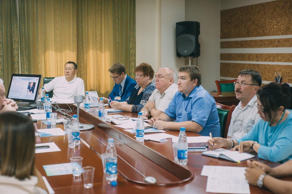 Создана трехсторонняя рабочая группа по созданию Центра оценки квалификации в нефтегазовом комплексе