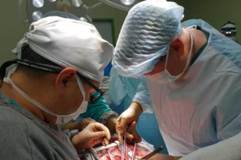 Якутские хирурги провели пересадку сердца, печени и почек