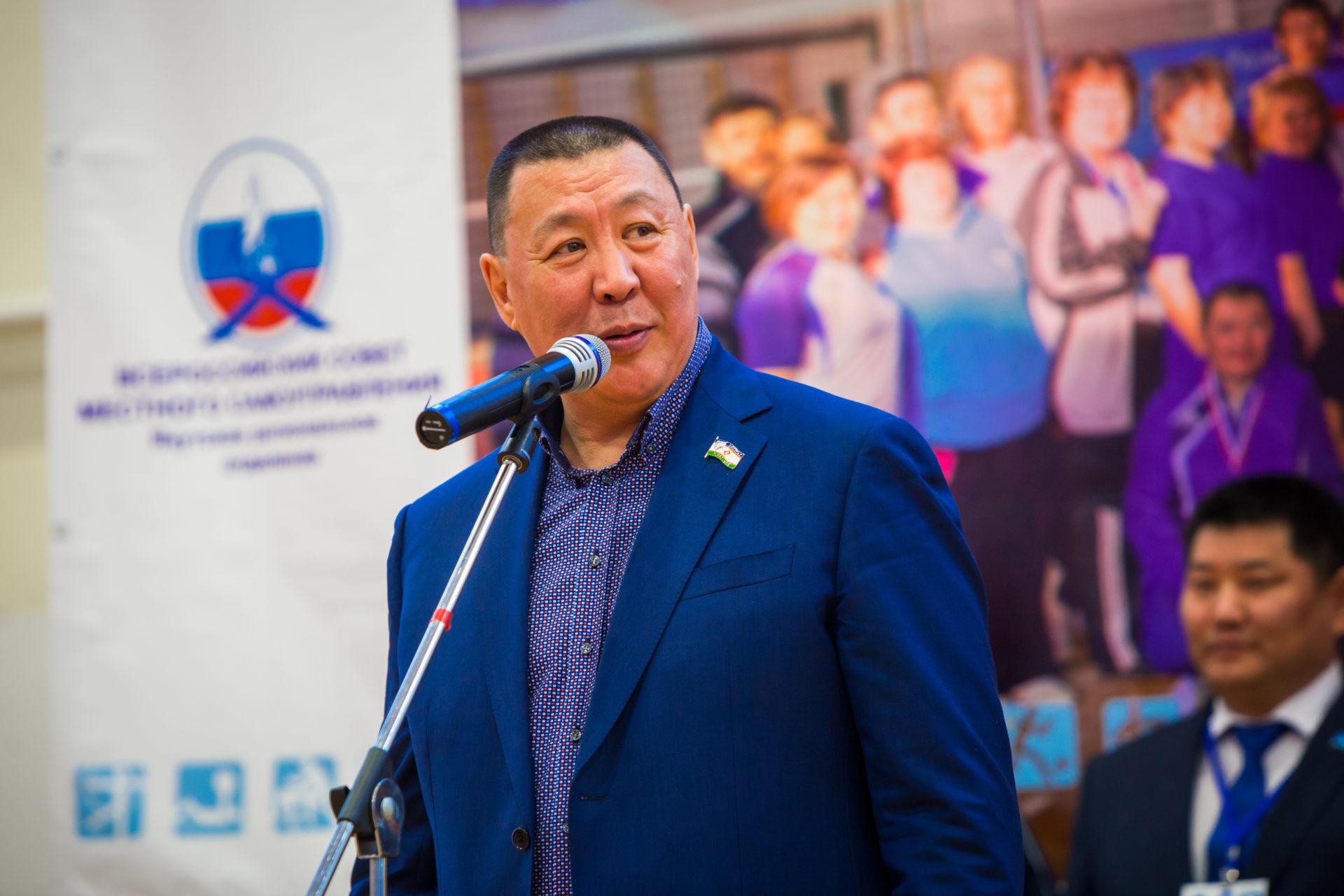 Үлэни уруйдуур Александр САВВИНОВ