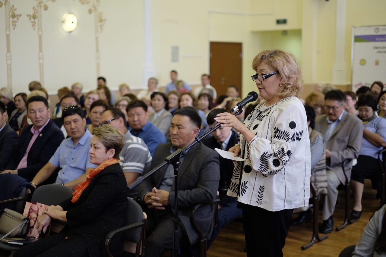 Александр Саввинов: Поддержка образования должна оставаться приоритетом развития Якутска