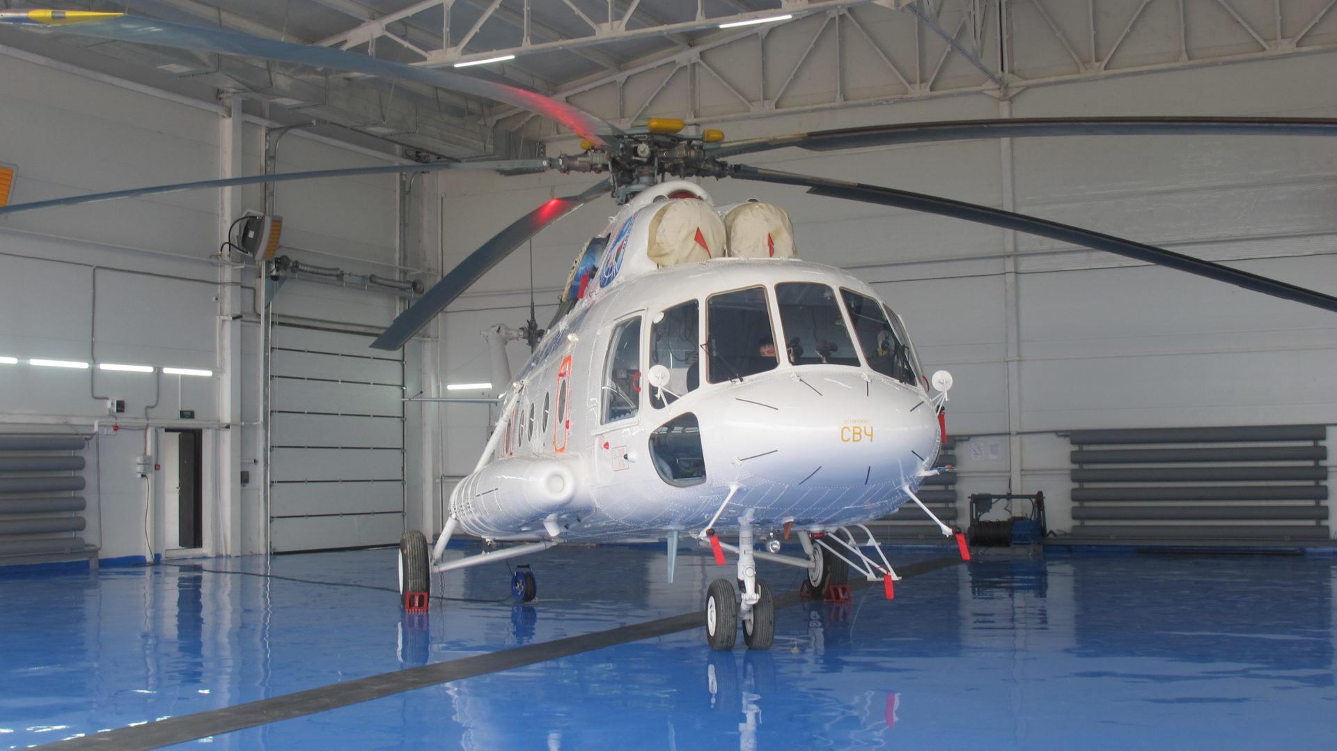 Новый вертолет Ми-8 МТВ, оснащенный медицинским оборудованием, заступит на боевое дежурство в Якутии