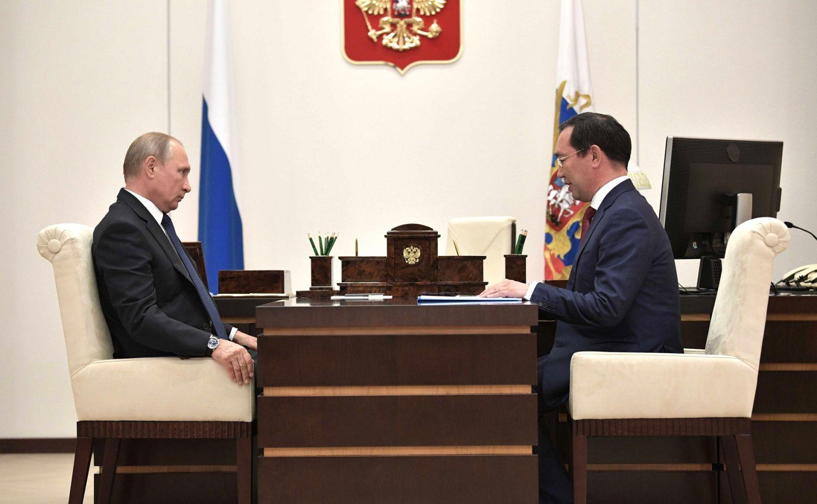 Владимир Путин поддержал предложение врио Главы Якутии Айсена Николаева о создании новых учебных мест
