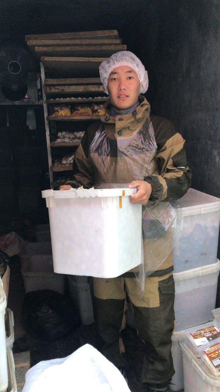 Сельская новь: волонтеры на уборке урожая