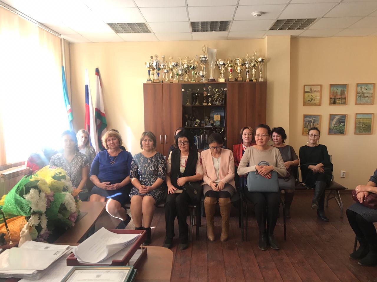 В Сайсарском округе поздравили работников дошкольных образовательных учреждений