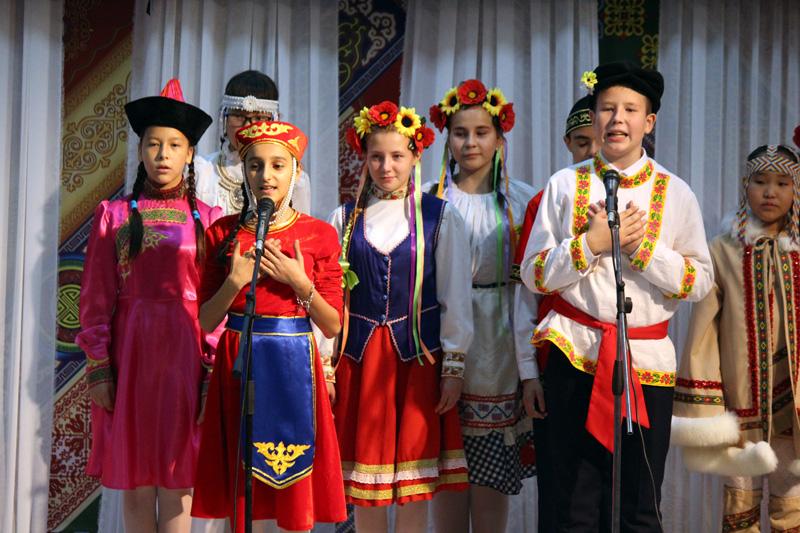 В День государственности прошел проект «Пою мою республику»