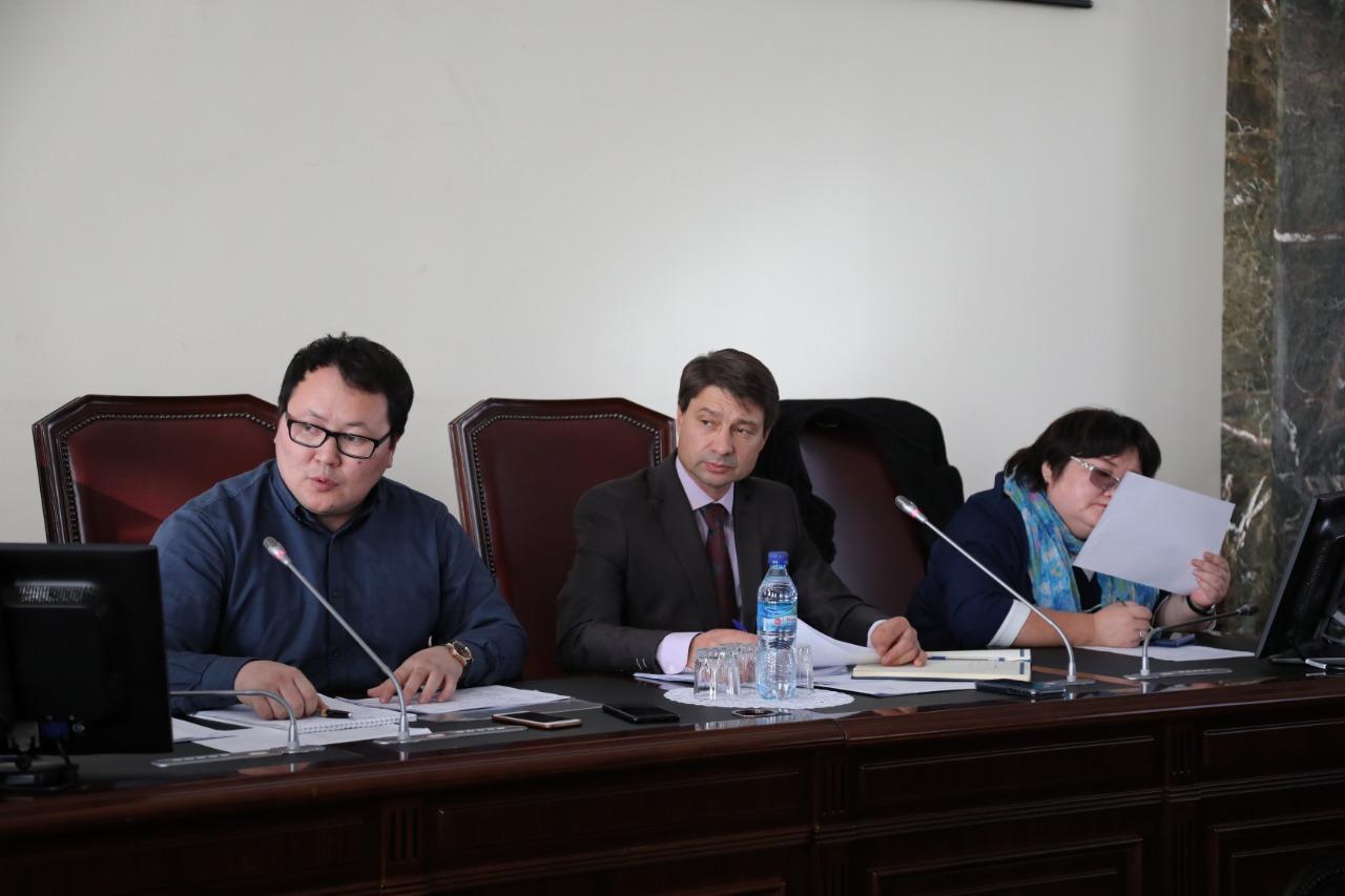 Владимир Федоров взял под особый контроль завершение запуска тепла в жилом фонде