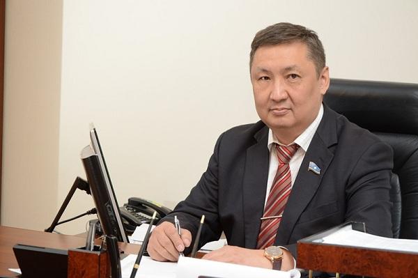 Семен Березин утвержден в статусе народного депутата Ил Тумэна