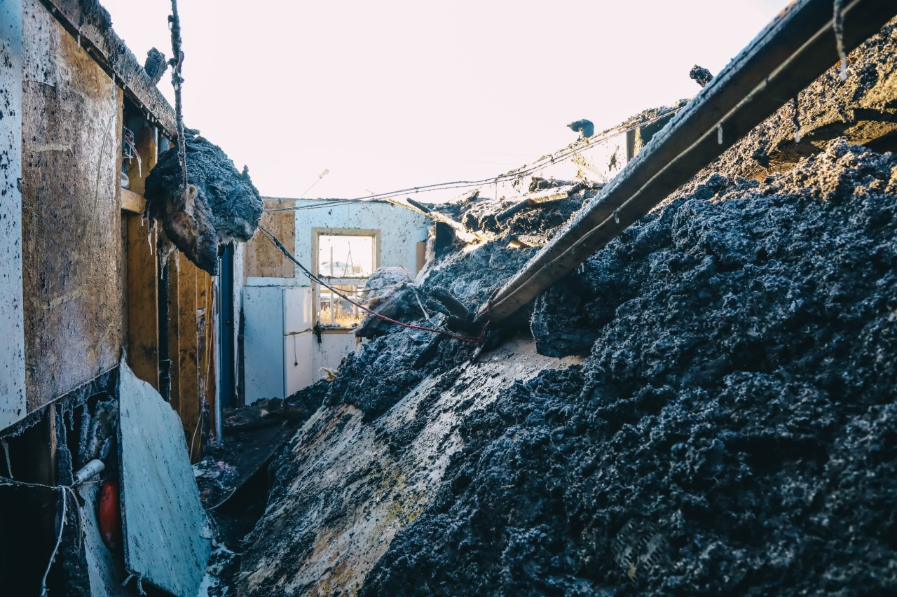 Городские власти обеспечат временным жильем оставшихся без жилья погорельцев Борисовки-1