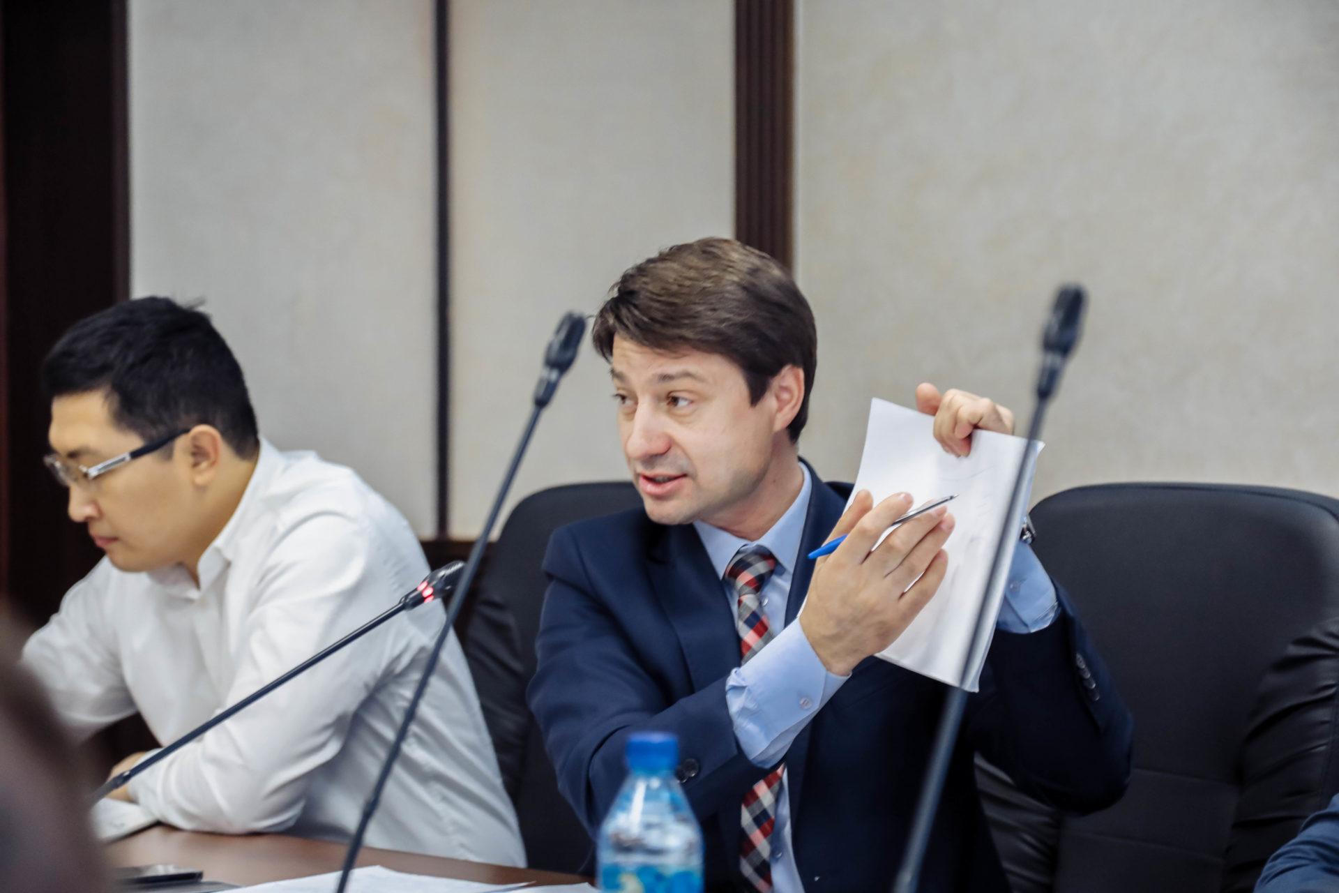 Владимир Федоров потребовал от глав управ навести порядок в своих округах
