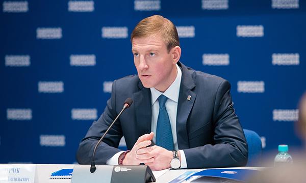 «ЕДИНАЯ РОССИЯ» предлагает сохранить субсидии на благоустройство дворов и малых населенных пунктов