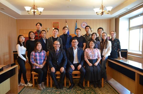 Александр Ким-Кимэн: «Проходя Школу парламентаризма, каждый из вас совершенствуется и становится конкурентоспособным»