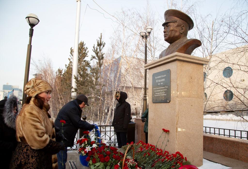Авиаторы Якутии отмечают 100-летие Валерия Кузьмина