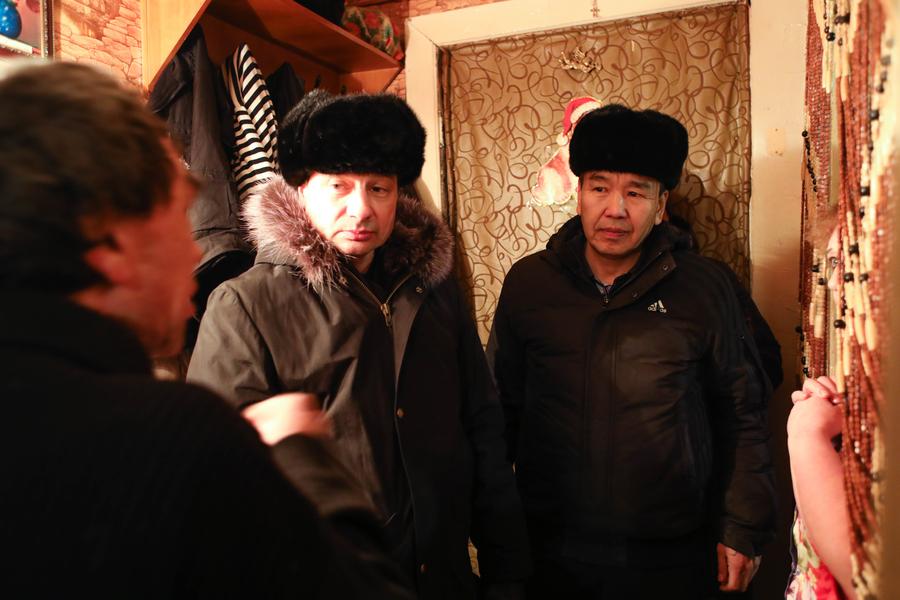 Владимир Федоров проинспектировал «проблемные» дома в Строительном округе столицы